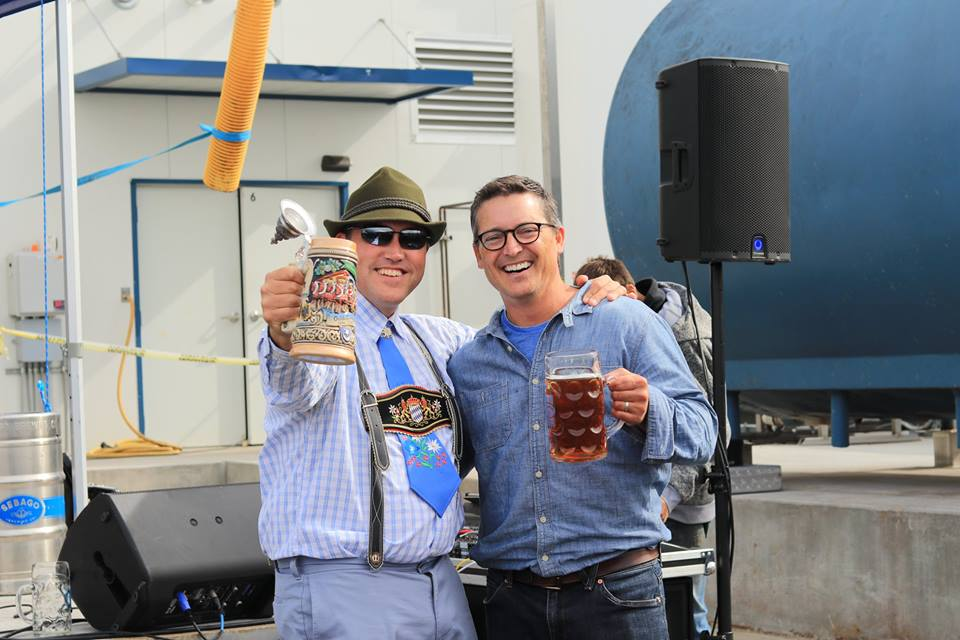 http://www.sebagobrewing.com/wordpress/wp-content/uploads/2018/09/oktoberfest-2018_winner-with-kai.jpg